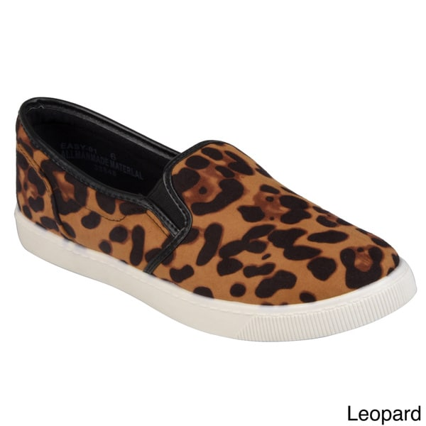 Journee Collection Women's 'Easy-01' Casual Slip-on Loafers