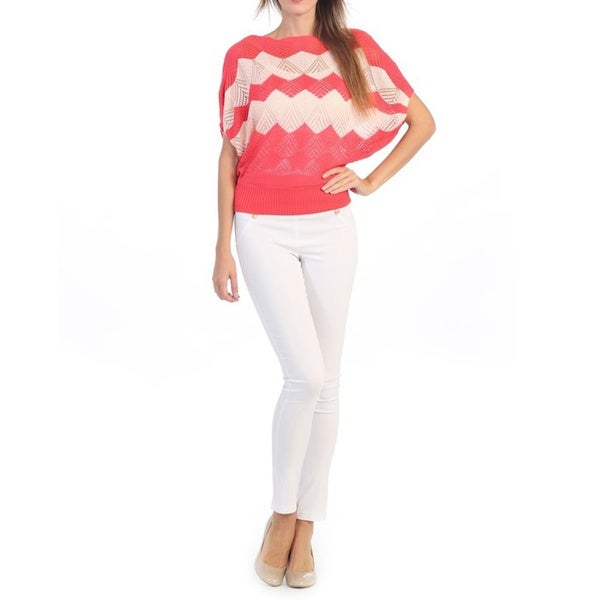 Hadari Women's Coral Zig-zag Print Knit Top