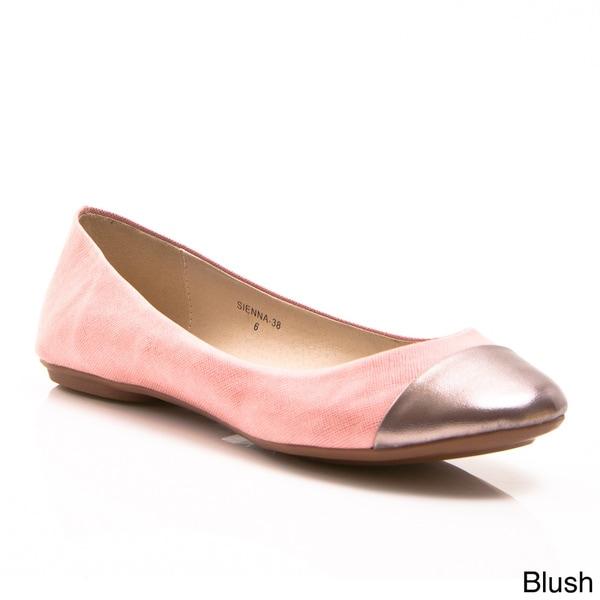 Gomax Women's 'Sienna 38' Metallic Cap-toe Ballet Flats