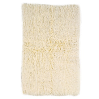 Linon Flokati Super Heavy Natural Rug (4' x 6')