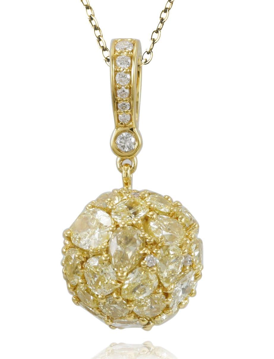 Suzy Levian 18k Yellow Gold & Yellow Diamond (5.433ct TDW) Multi-Cut Cluster Pendant