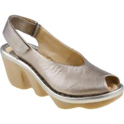 Women's Earth Spectrum Platinum Full Grain Leather