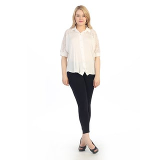 Hadari Women's Plus Size White Lace Shoulder Button-up To