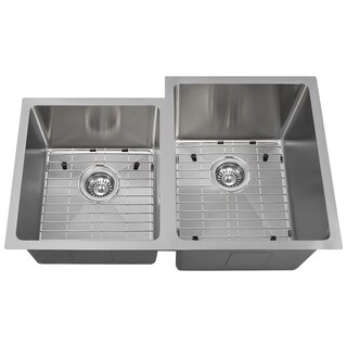 The Polaris Sinks P0213R 18-gauge Kitchen Ensemble