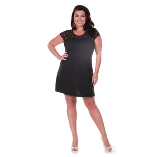 White Mark Women's Plus Size Lace Cut-out Dress