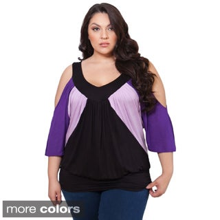Sealed With a Kiss Women's Plus Size 'Molly' Colorblocked Cold-shoulder Top