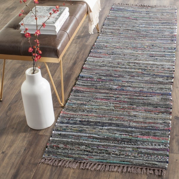 Safavieh Hand-woven Rag Rug Rust Cotton Rug (2'3 x 6')