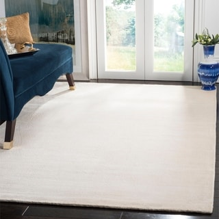 Safavieh Loom-knotted Mirage White Viscose Rug (5' x 8')