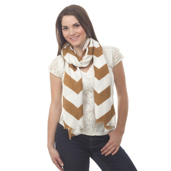 Chevron Design Lightweight Scarf