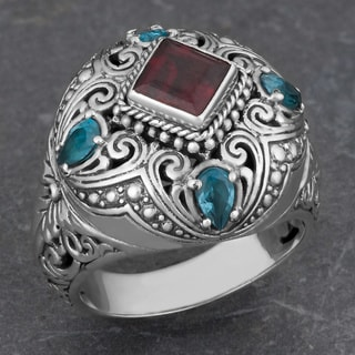 Sterling Silver Garnet and Blue Topaz 'Cawi' Cocktail Ring (Indonesia)