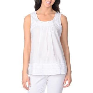 La Cera Women's White Embroidered Sleeveless Top