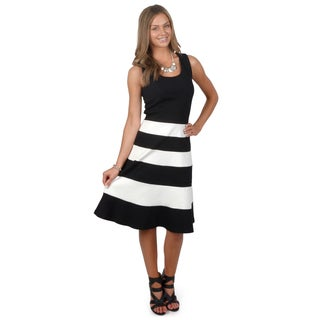 Journee Collection Women's Sleeveless Colorblocked A-line Dress