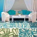 Hand-Hooked Hailey Transitional Floral Indoor/ Outdoor Area Rug (5' x 7'6)