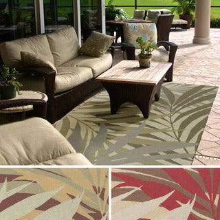 Hand-Hooked Lily Transitional Floral Indoor/ Outdoor Area Rug (5' x 8')