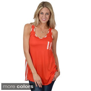 Hailey Jeans Co. Junior's Sleeveless Scoop Neck Top