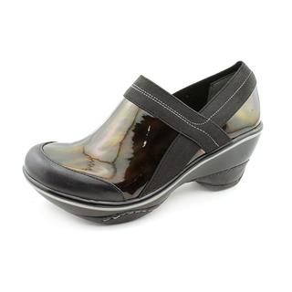Jambu Women's 'Cali' Patent Leather Casual Shoes