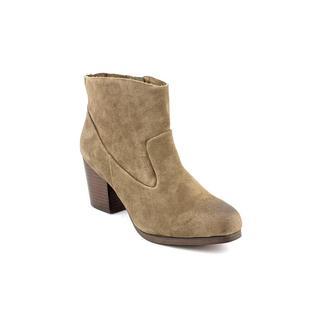 Kelsi Dagger Women's 'Mindy' Regular Suede Boots