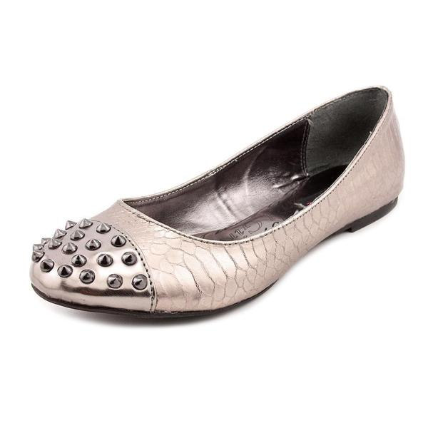 Material Girl Women's 'Future' Patent Casual Shoes (Size 7.5 )