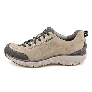 Clarks Wave Women's 'Wave Trek' Leather Athletic Shoe (Size 8 )