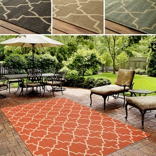 nuLOOM Indoor/ Outdoor Trellis Porch Rug (8' x 10')