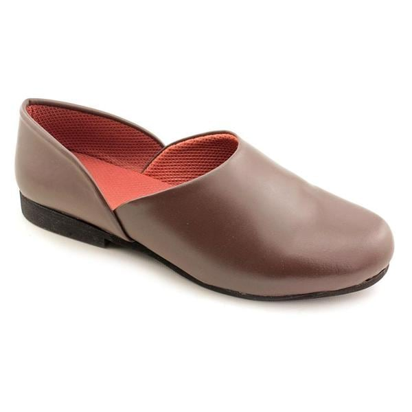 Slippers international men 39 s 39 opera 39 leather casual shoes narrow size 14 16314776 for Mens bedroom slippers size 14