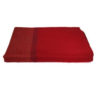 Hand-crafted Eco-frendly Razzle Red Throw Blanket (Ecuador)