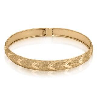 Gioelli 10k Yellow Gold Diamond-cut Arrow Designer Bangle