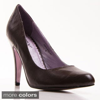 Gomax Women's 'Ashland 01' Patent Pointed-toe Pump