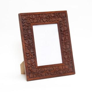 Sitara Hand-carved Botanical Motif Mango Wood Photo Frame (India)
