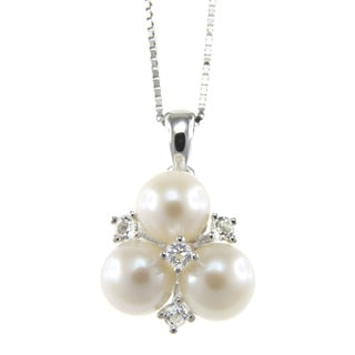 Pearlz Ocean Sterling Silver White Freshwater Pearl and White Topaz Cluster Pendant Necklace (6-7 mm)