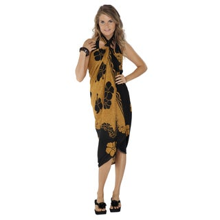 Hand-crafted Women's Black/ Brown Hibiscus Flower Sarong (Indonesia)