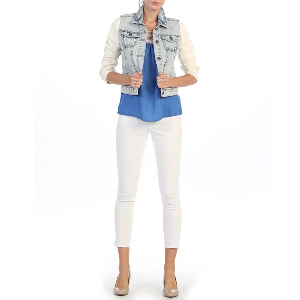 Hadari Juniors Light Blue and Creme Denim Jacket