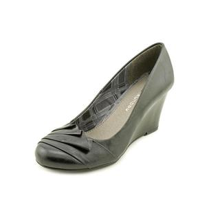 CL By Laundry Women's 'Irresistible' Faux Leather Dress Shoes (Size 6 )