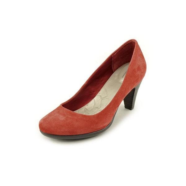 Giani Bernini Women's 'Sweets' Regular Suede Dress Shoes