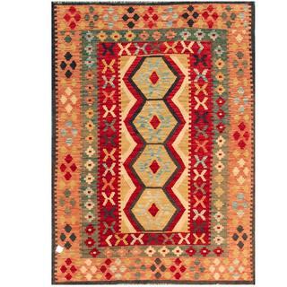 Herat Oriental Afghan Hand-woven Kilim Red/ Ivory Wool Rug (4'1 x 5'9)