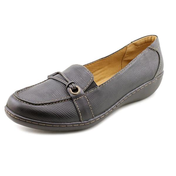 Clarks Women's 'Ashland Ice' Leather Casual Shoes