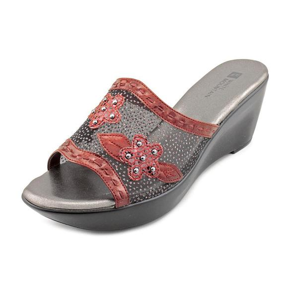 White Mountain Women's 'Rosepetal' Synthetic Sandals