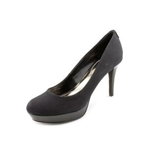 Tahari Women's 'Sophia' Leather Dress Shoes