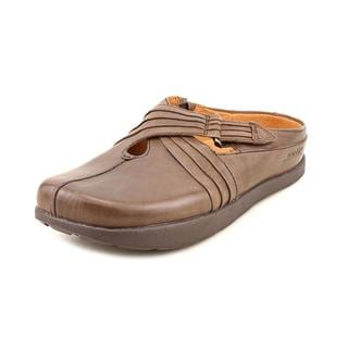 Earth Women's 'Fawn' Leather Casual Shoes