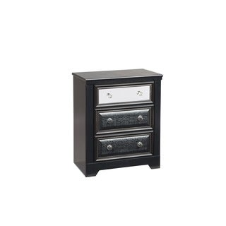 Signature Designs by Ashley Alamadyre 3-drawer Nightstand