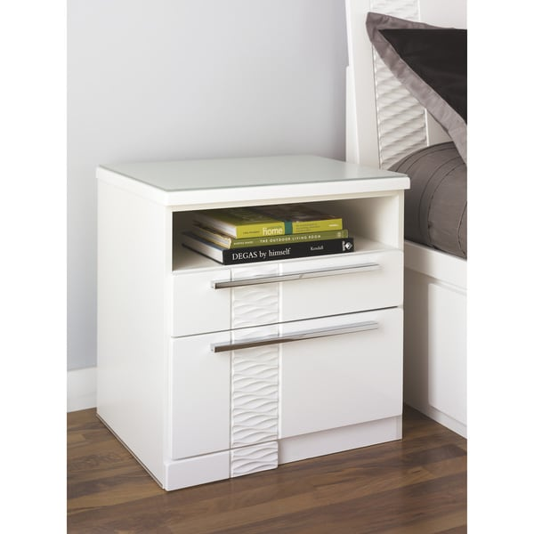 Signature Designs by Ashley Jansey White 2-drawer Nightstand