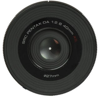 Pentax DA 40mm f/2.8 XS Lens for Pentax K-01 Mirrorless Camera
