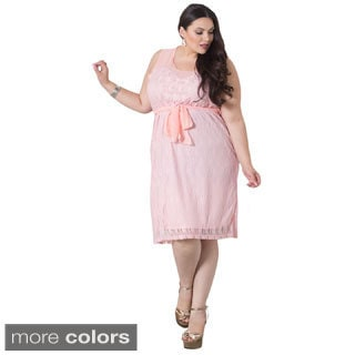 Loretta Women's Plus-size Lace Dress