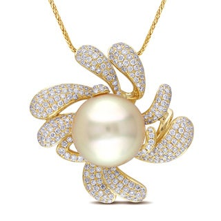 Miadora Signature Collection 14k Gold South Sea Golden Pearl 1 1/10ct TDW Diamond Necklace (G-H, SI1-SI)
