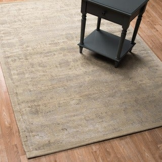 Emerson Antique Ivory/ Beige Rug (7'6 x 10'5)
