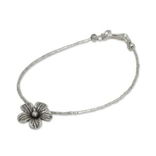 Handcrafted Silver 'Karen Bloom' Charm Bracelet (Thailand)