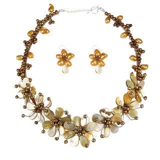 Golden Grandeur Mother of Pearl and Pearl Jewelry Set (Thailand)