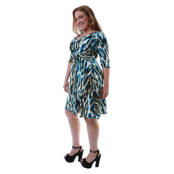 24/7 Comfort Apparel Women's Plus Size Printed Twist-front Knee-length Dress