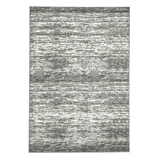 Intrigue Grey Area Rug (5'5 x 7'7)