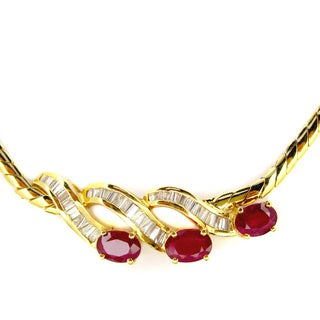 Kabella Vintage Estate 18k Yellow Gold 5/8ct TDW Baguette DiamondOval Ruby Estate Necklace (H-I, SI1-SI2)